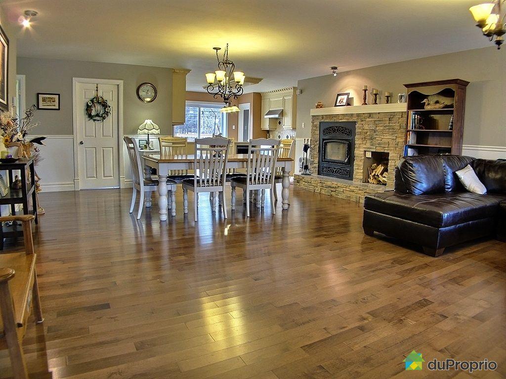 bi g n ration vendu compton immobilier qu bec duproprio 370498. Black Bedroom Furniture Sets. Home Design Ideas