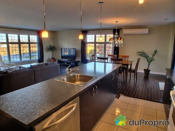 Condo vendu brossard immobilier qu bec duproprio 379242 for Couleur cuisine salon air ouverte