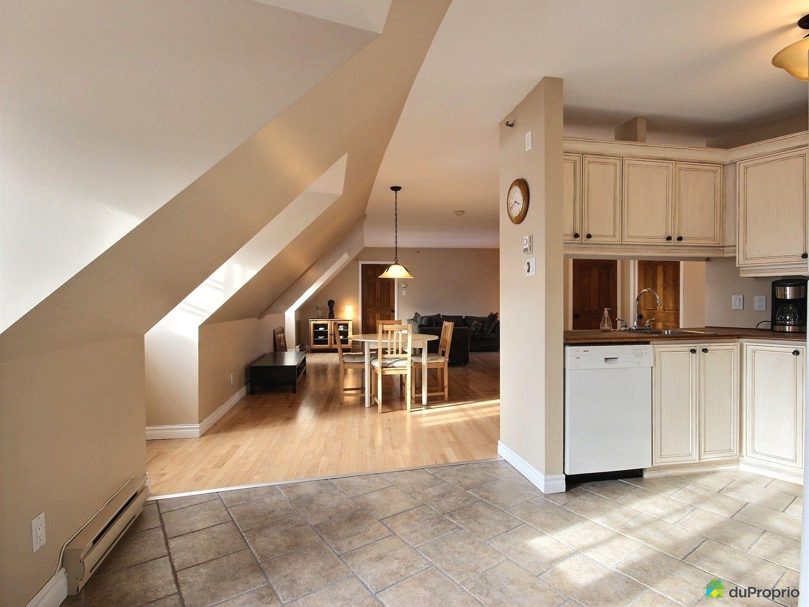 condo vendre vieux qu bec 305 5 rue des vaisseaux du roi immobilier qu bec duproprio 573822. Black Bedroom Furniture Sets. Home Design Ideas