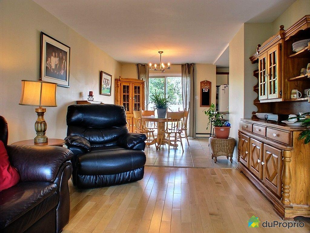 maison vendu st jean sur richelieu immobilier qu bec duproprio 270790. Black Bedroom Furniture Sets. Home Design Ideas