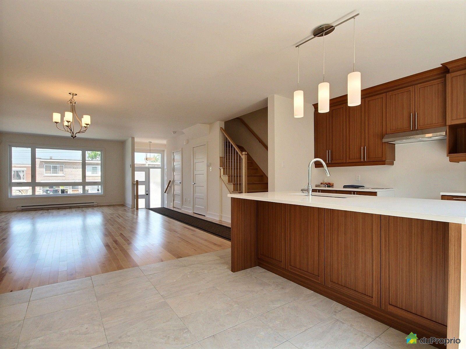 Maison neuve vendre montr al 3844 rue monselet for Alarme maison montreal