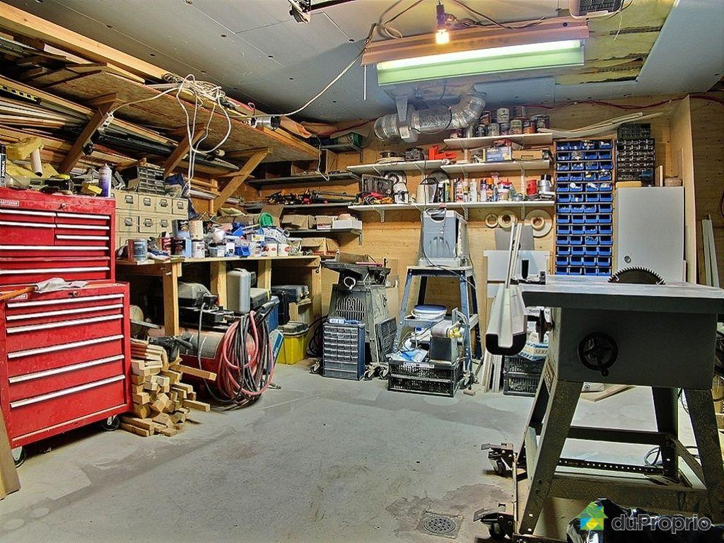 Maison vendre st boniface de shawinigan 6660 rue j a for Amenagement garage atelier