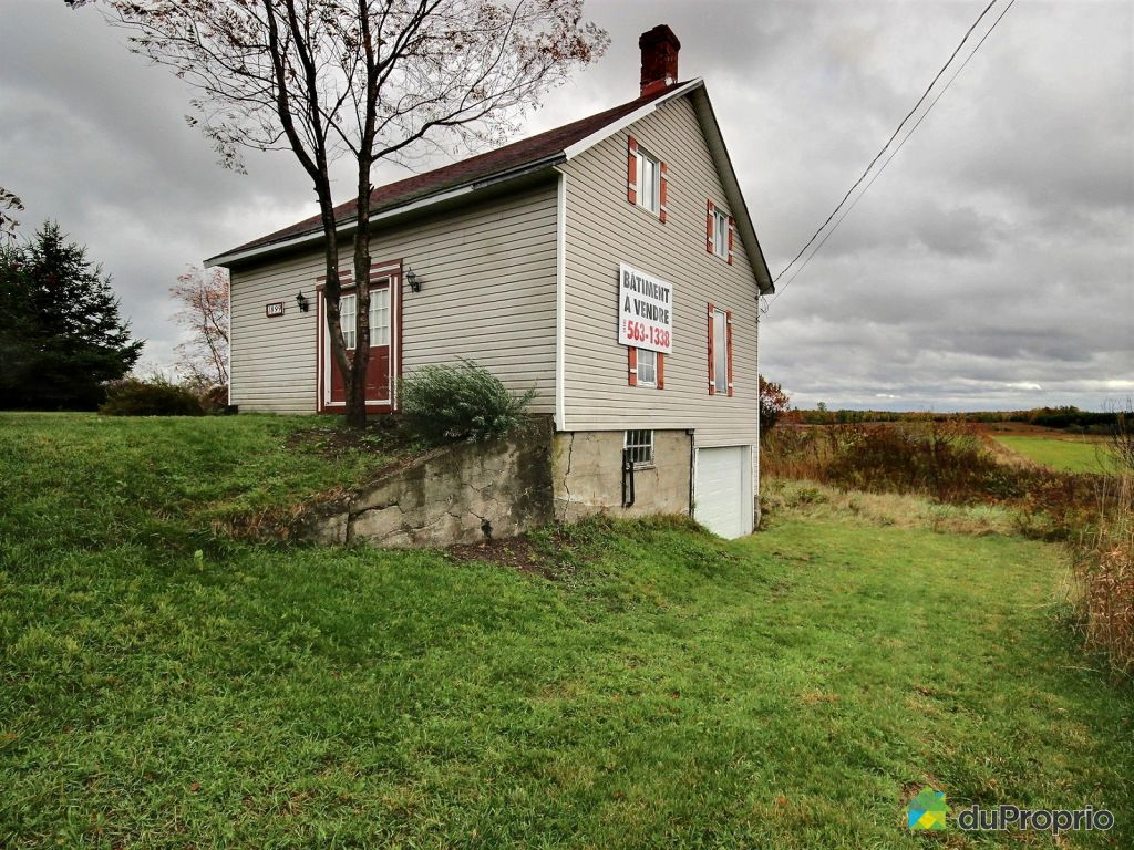garage vendre st nicolas 1899 route marie victorin immobilier qu bec duproprio 555030. Black Bedroom Furniture Sets. Home Design Ideas
