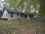 Bungalow in LaSalle, Essex / Windsor / Kent / Lambton