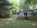 Bungalow in Washago, Barrie / Muskoka / Georgian Bay / Haliburton