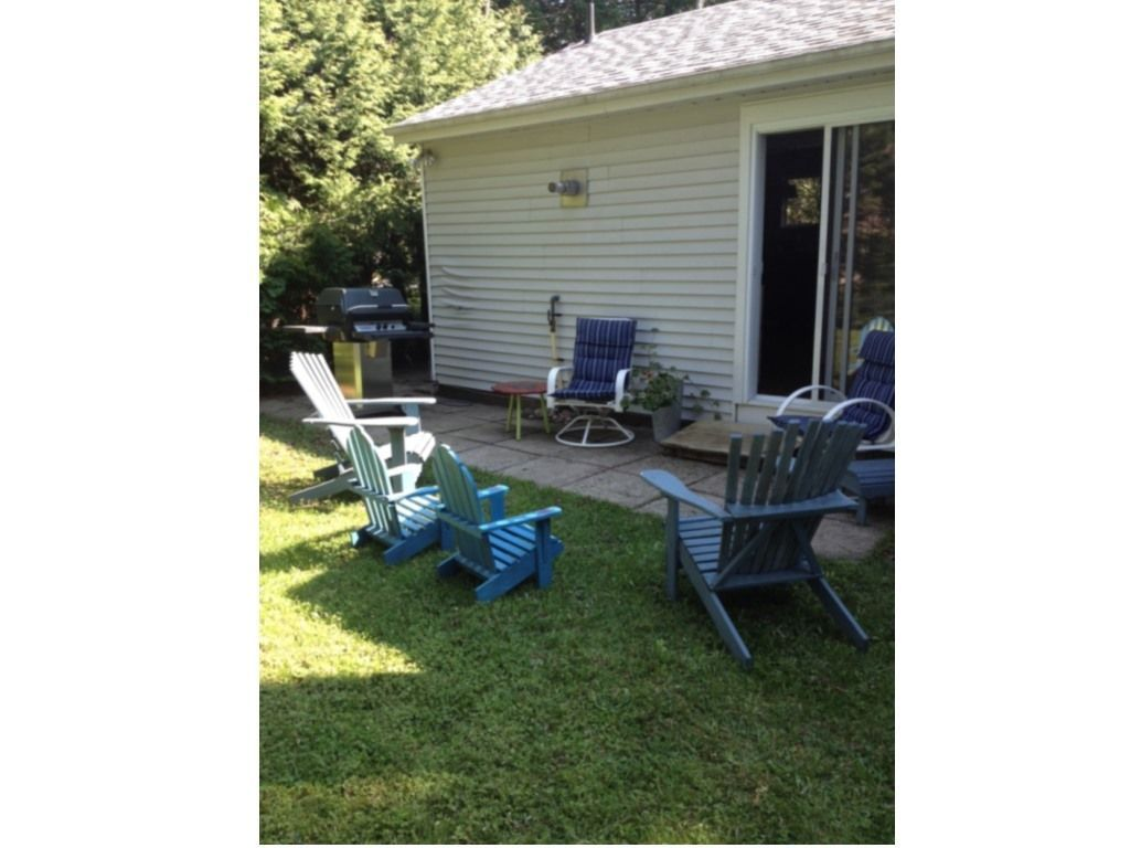 Cottage For Sale In Southampton 90 Second Street