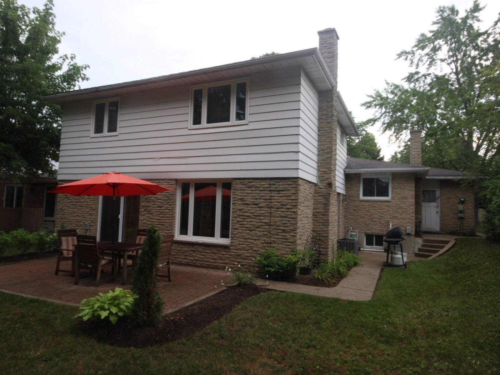 backsplit for sale in waterloo 341 beechlawn drive
