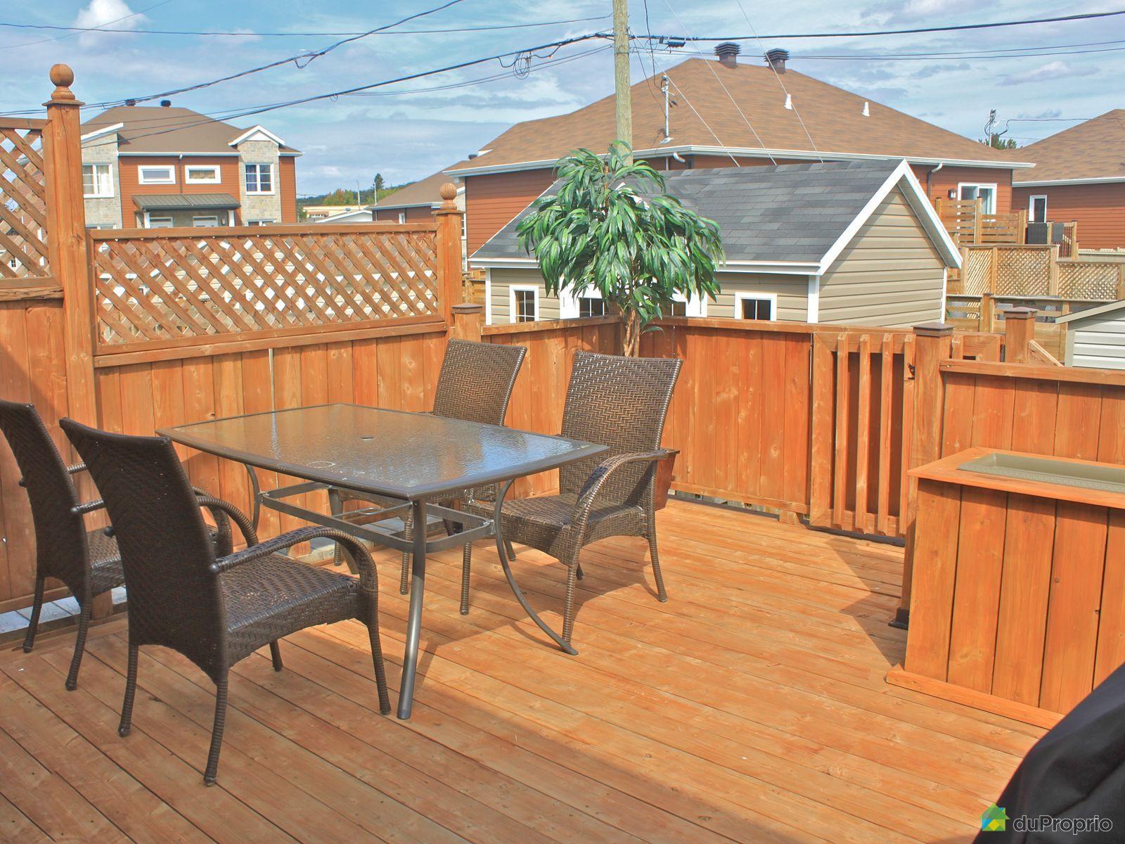 Maison vendu val b lair immobilier qu bec duproprio for Couvre plancher pour patio exterieur