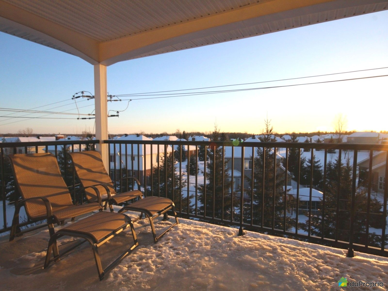 Condo for sale in bois des filion 403 100 place du for Balcony upgrade