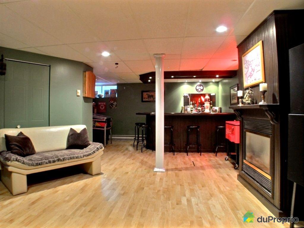 Maison vendu sherbrooke immobilier qu bec duproprio for Bar moderne pour maison