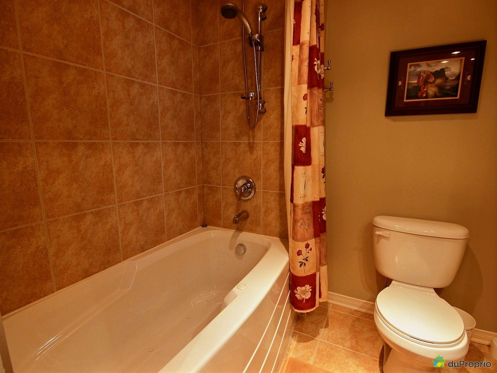 House sold in ste julie duproprio 539387 for Bathroom 7x12