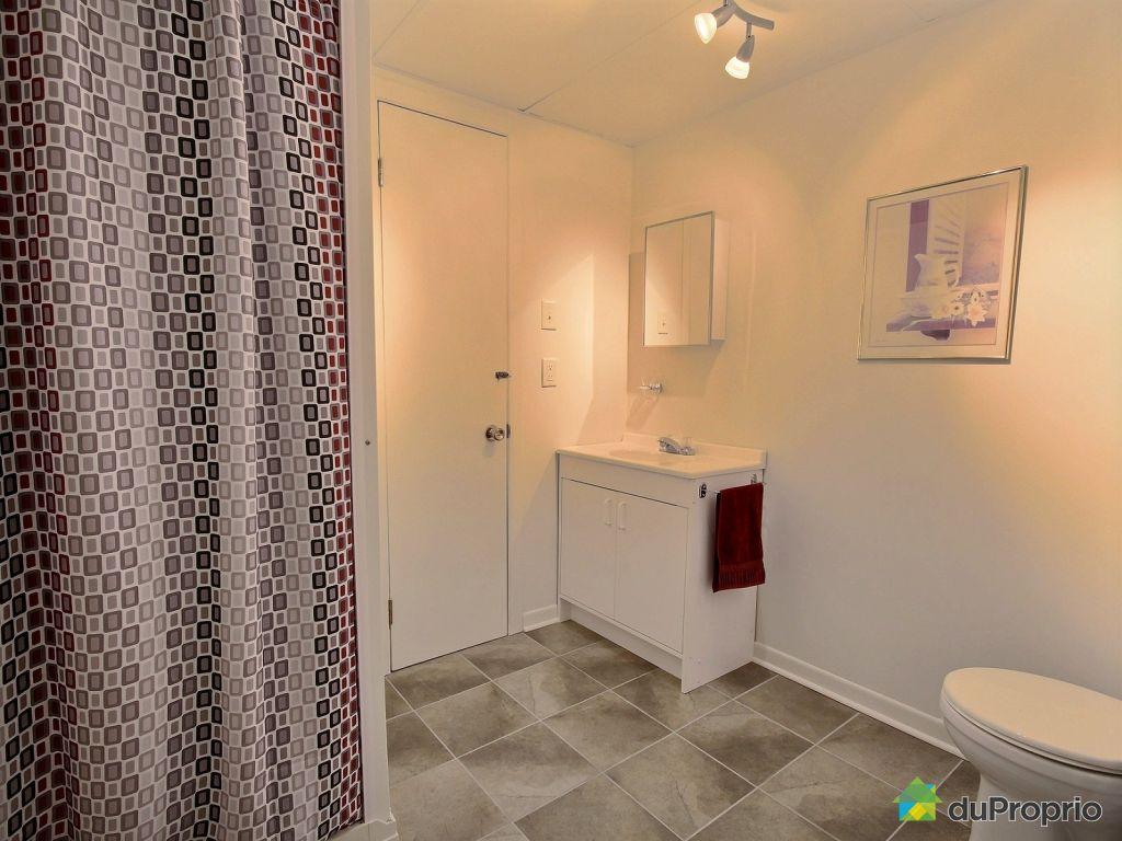 Basement bathroom with leclerc varennes for Leclerc varennes