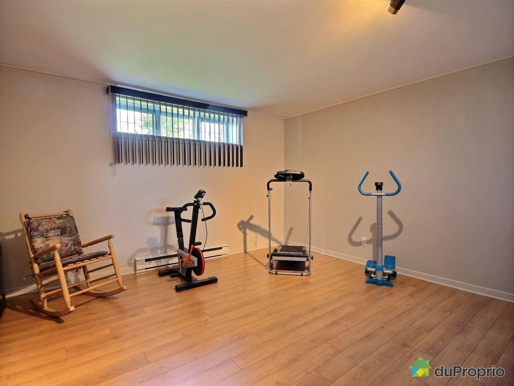 Fabulous basement bedroom with leclerc varennes for Leclerc varennes