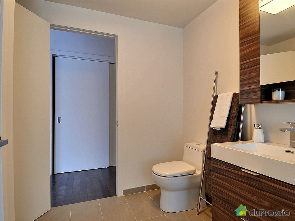 Newly built condo sold in montreal duproprio 487221 for Bathroom furniture quebec