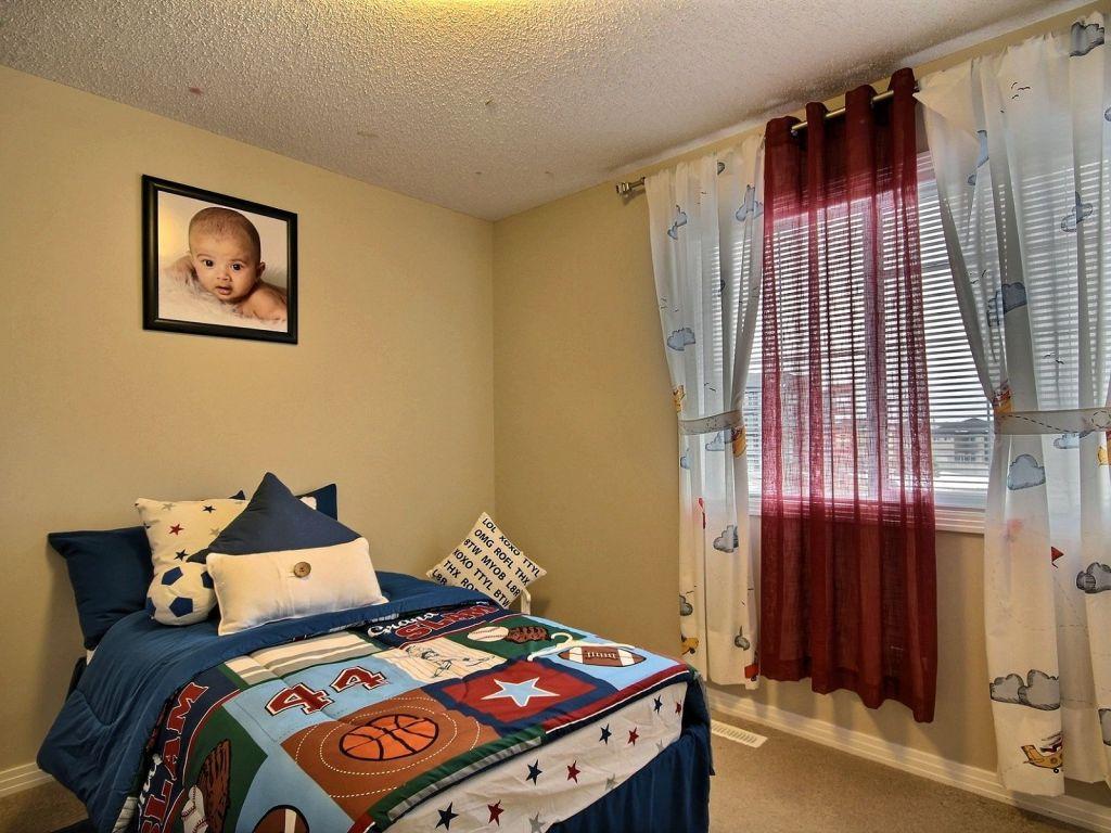 Southwest Bedroom 625 56 Street Sw Edmonton Southwest For Sale Comfree