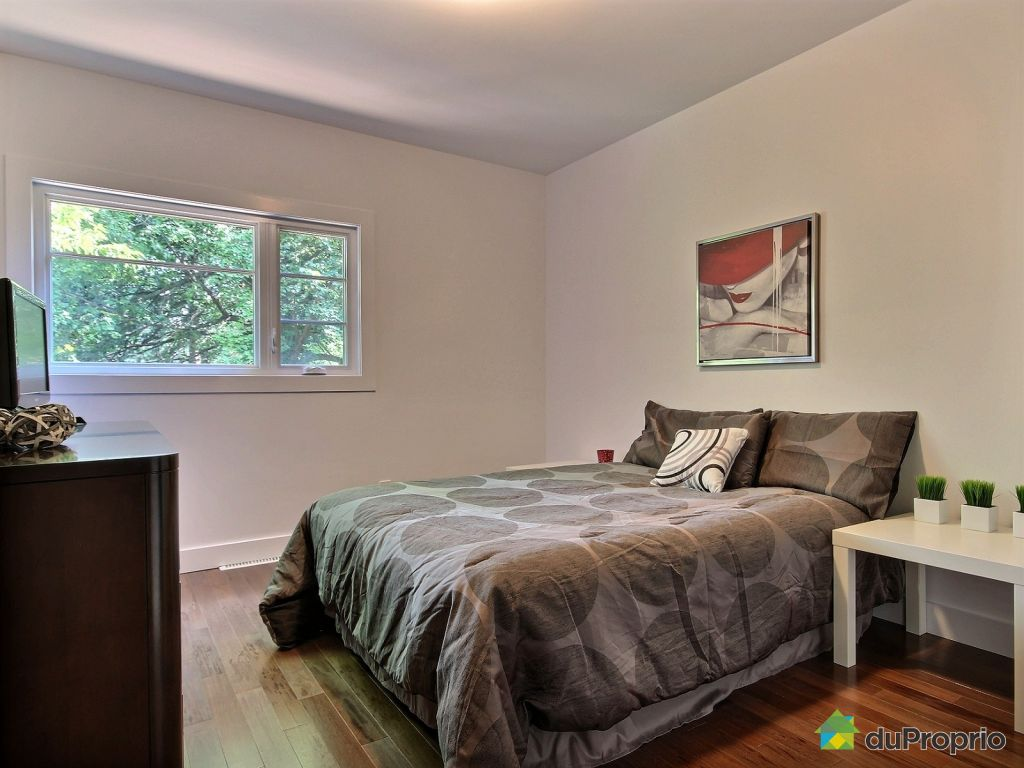 Quebec Bedroom Furniture 428 Avenue Doric Beaconsfield Baie Durfac For Sale Duproprio