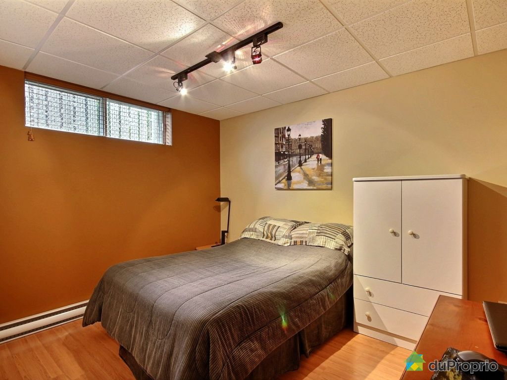 Quebec Bedroom Furniture 2255 Rue Vallerand Jonquiare Arvida For Sale Duproprio