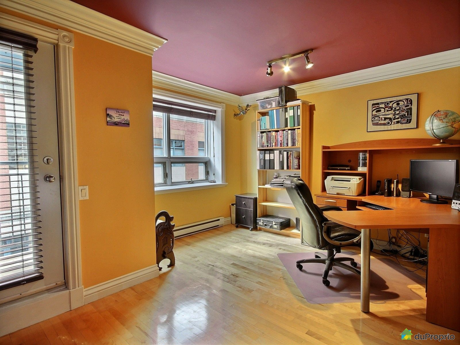 condo vendu saint roch immobilier qu bec duproprio 542876. Black Bedroom Furniture Sets. Home Design Ideas