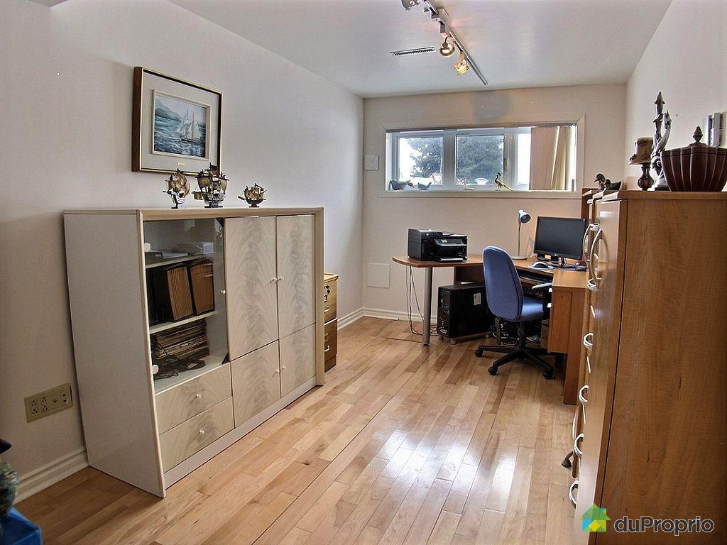 Maison vendre brossard 515 rue verdure immobilier for Bureau brassard