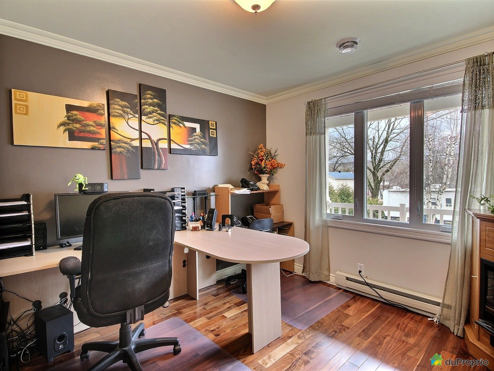 maison vendre sherbrooke 4452 boulevard de l 39 universit immobilier qu bec duproprio 696719. Black Bedroom Furniture Sets. Home Design Ideas