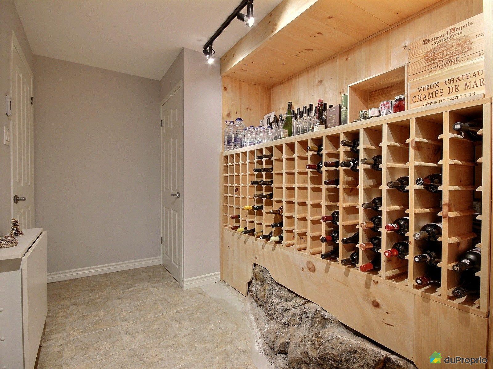 Maison vendre st bruno de montarville 60 rue des roitelets immobilier qu bec duproprio for Cave a vin maison
