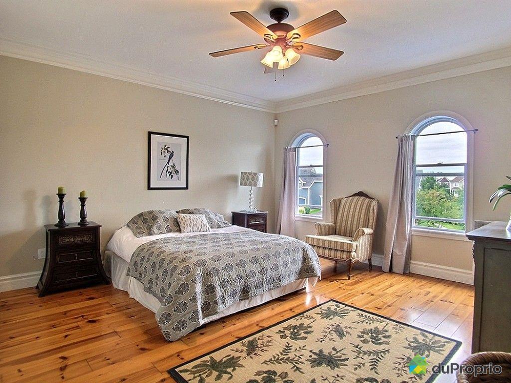 maison vendu chambly immobilier qu bec duproprio 545694. Black Bedroom Furniture Sets. Home Design Ideas