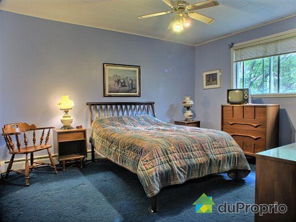 Maison vendre st l on de standon 452 rue principale for Chambre a coucher leon