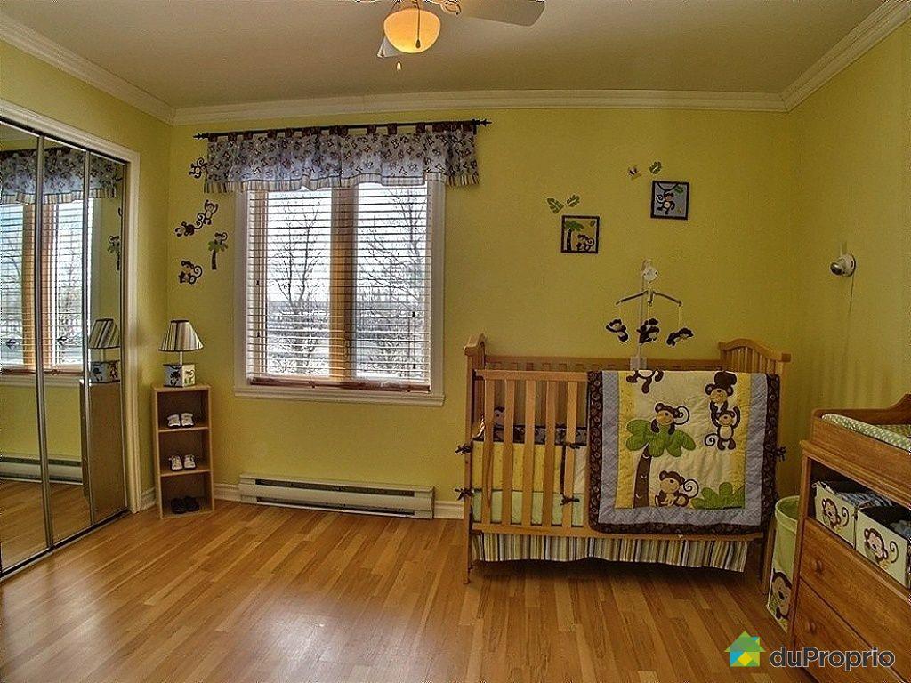maison vendre candiac 28 rue poitiers immobilier qu bec duproprio 409847. Black Bedroom Furniture Sets. Home Design Ideas