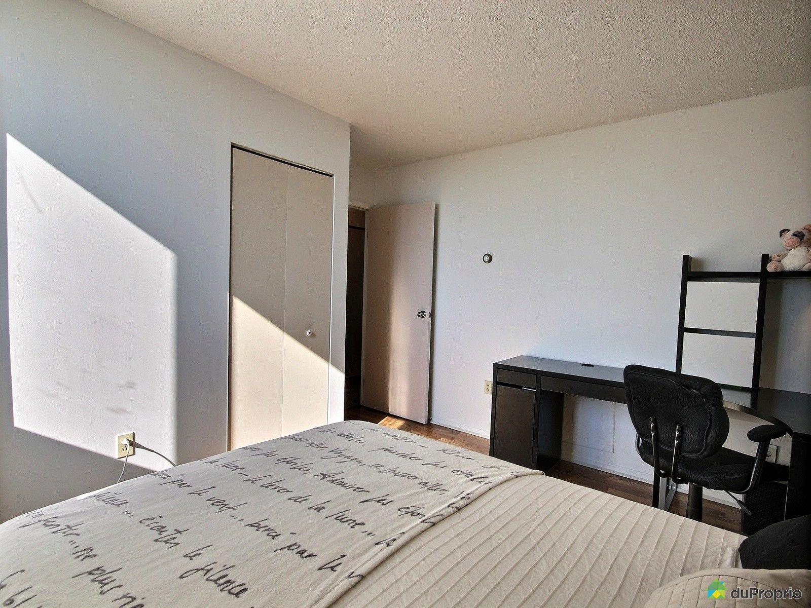 condo vendu montr al immobilier qu bec duproprio 527986. Black Bedroom Furniture Sets. Home Design Ideas