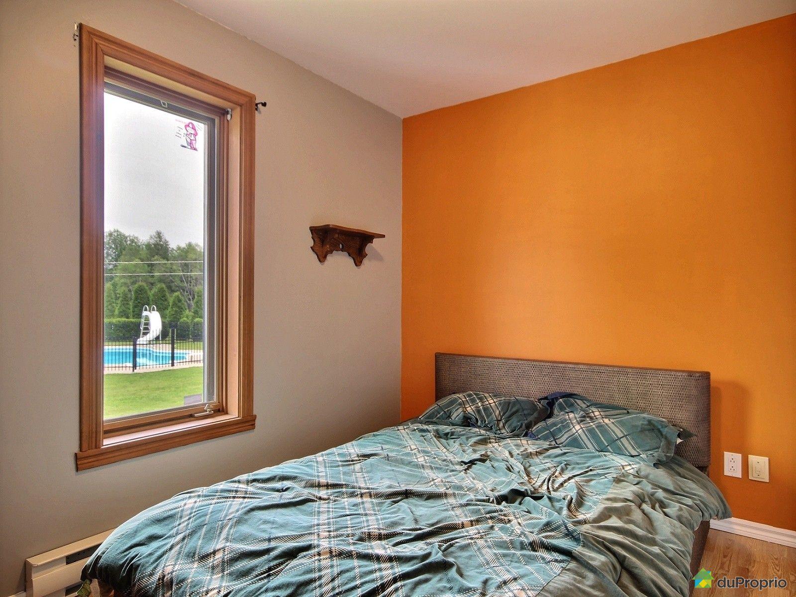 Maison vendre nd du mont carmel 4700 rue boisclair for Maison du mont