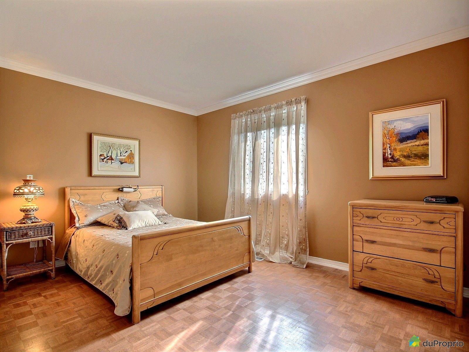 maison vendu ste rose immobilier qu bec duproprio 645698. Black Bedroom Furniture Sets. Home Design Ideas