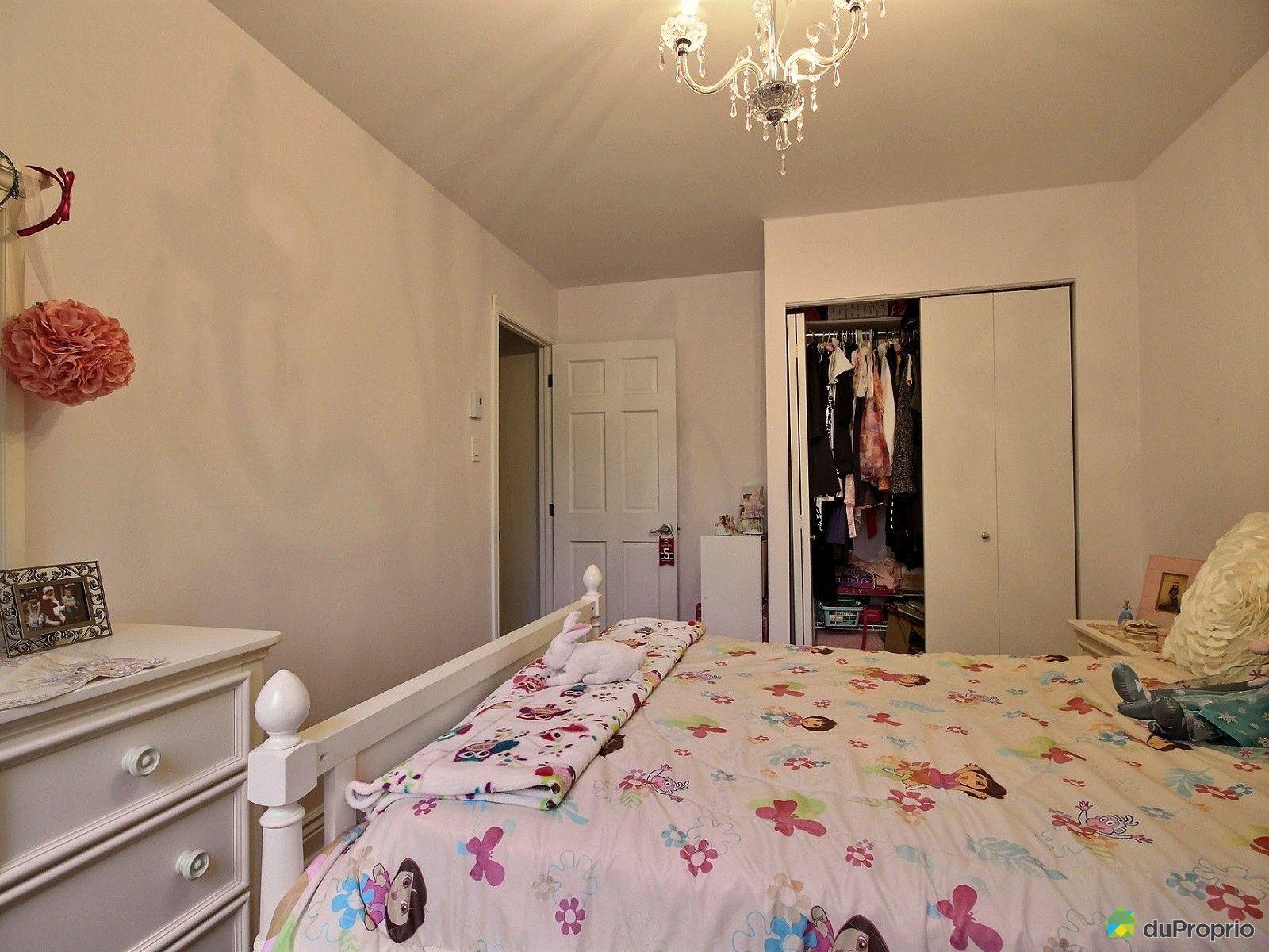 Maison vendre montr al 1360 rue victor hugo for Chambre en ville vidal