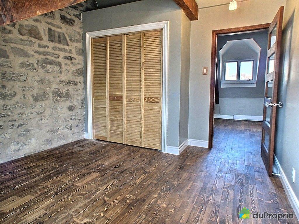 condo vendre vieux qu bec 4 1 2 rue sainte famille immobilier qu bec duproprio 495283. Black Bedroom Furniture Sets. Home Design Ideas
