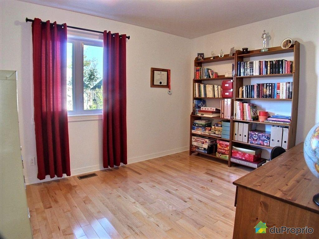 Maison vendre chambly 1253 rue de sabrevois immobilier for Chambre sans fenetre quebec