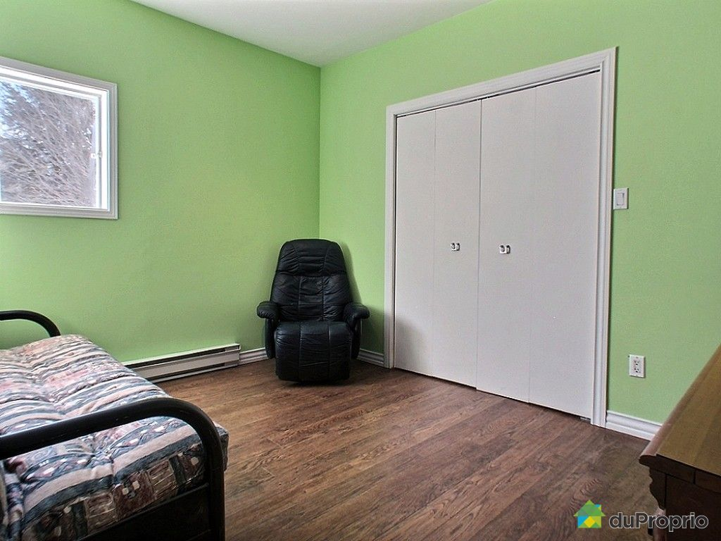 maison vendu val b lair immobilier qu bec duproprio 581668. Black Bedroom Furniture Sets. Home Design Ideas