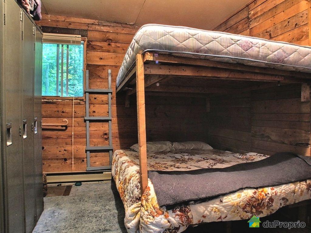 Chalet En Bois A Vendre : chambre-chalet-a-vendre-notre-dame-des-bois-quebec-province-large