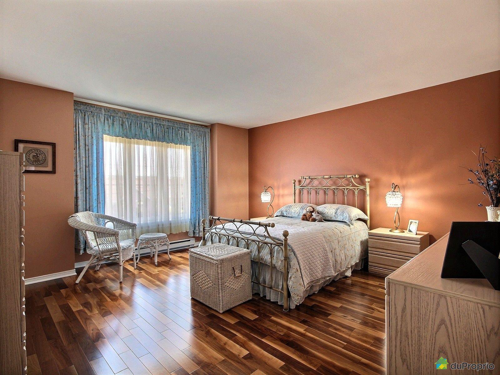 condo vendre boisbriand 2 449 chemin de la grande c te immobilier qu bec duproprio 698041. Black Bedroom Furniture Sets. Home Design Ideas