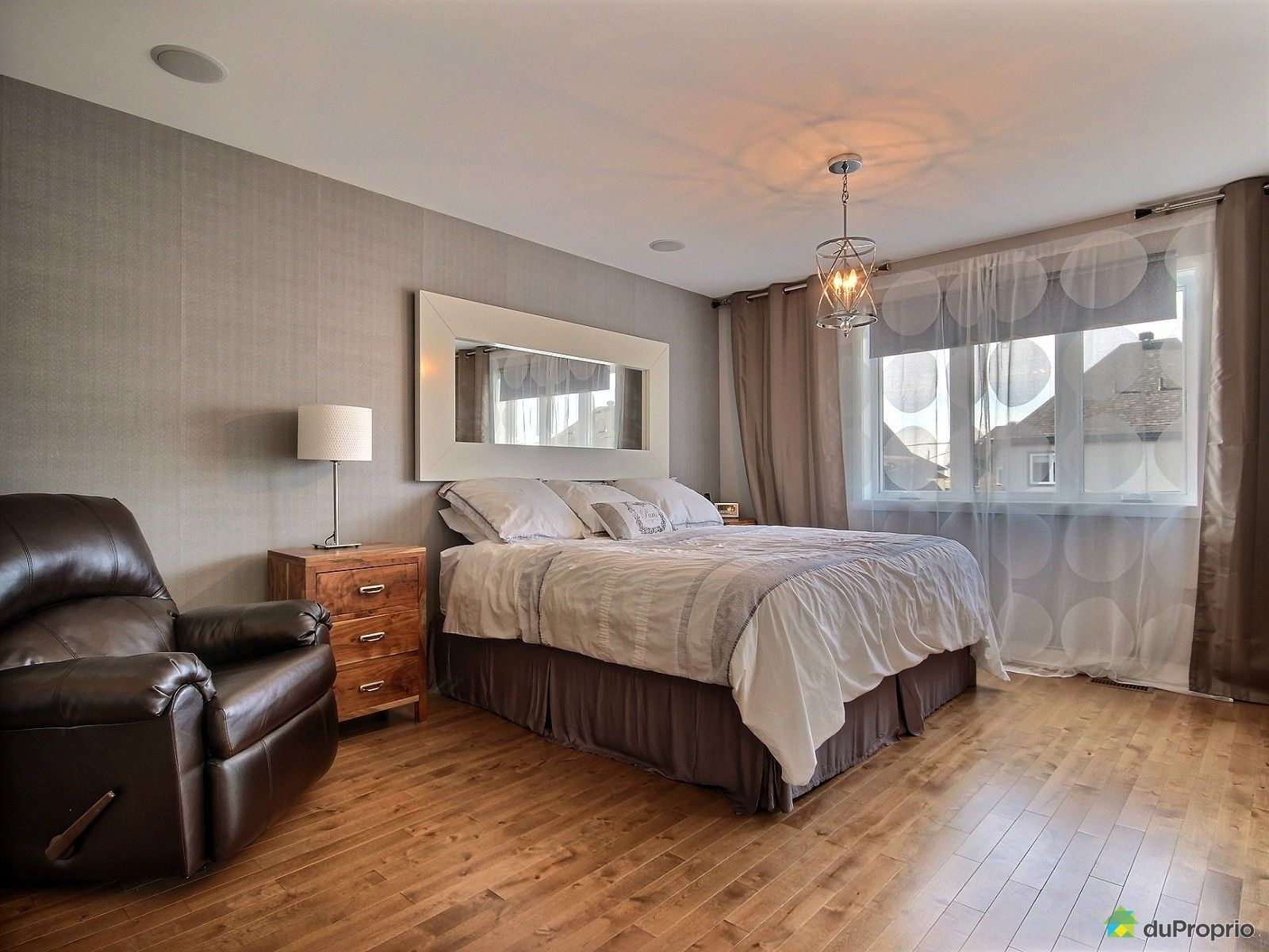 Maison vendre beloeil 785 rue gilbert desautels for Chambre de commerce beloeil