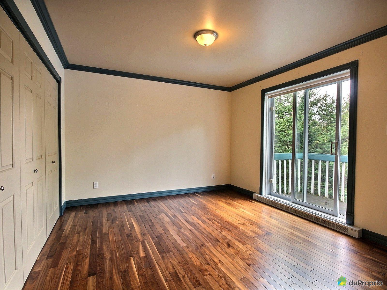Maison vendre matane 82 rue hovington immobilier for Chambre de commerce de matane