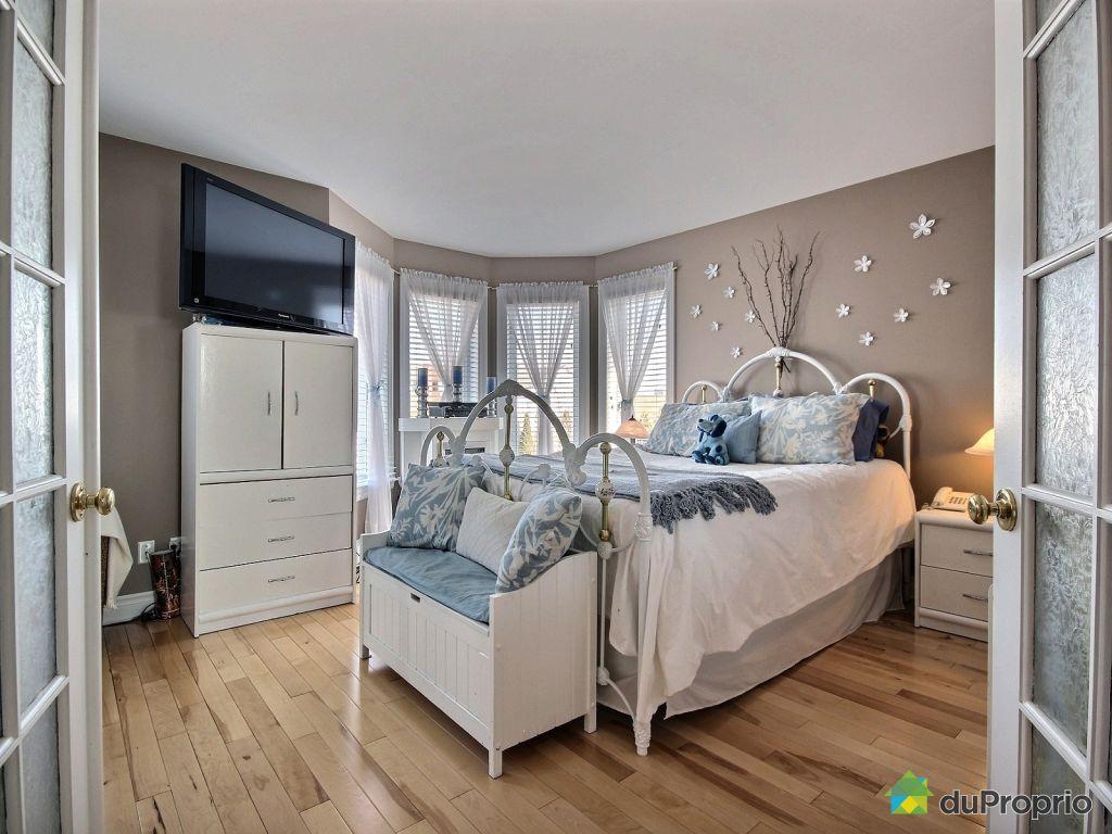 Maison vendu st eustache 552 rue primeau immobilier for Chambre de commerce st eustache