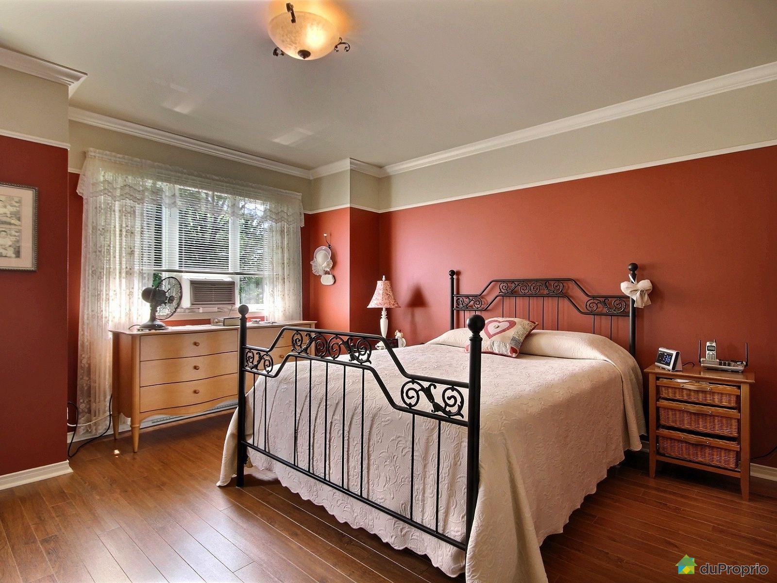 Maison vendre montr al 805 91e avenue immobilier for Chambre en ville vidal