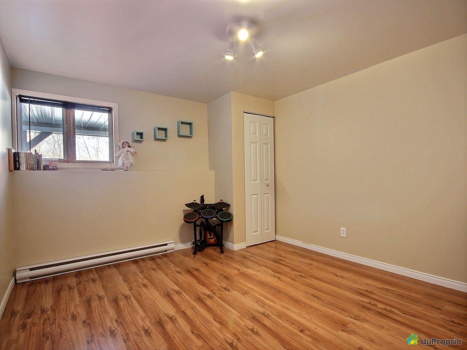 Maison vendre cantley 54 rue laviolette immobilier for Chambre sans fenetre loi quebec
