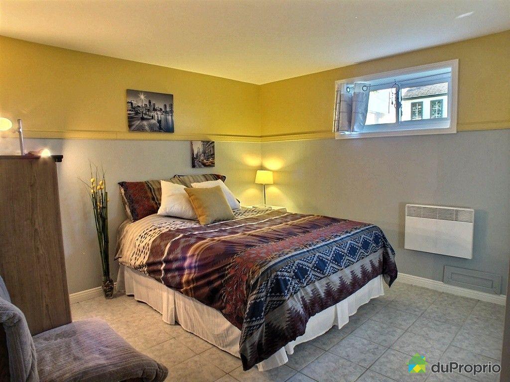 maison vendu chambly immobilier qu bec duproprio 459629. Black Bedroom Furniture Sets. Home Design Ideas
