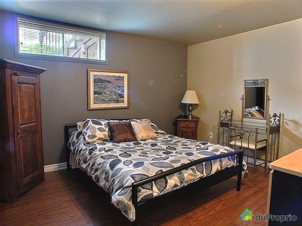 maison vendu candiac immobilier qu bec duproprio 420821. Black Bedroom Furniture Sets. Home Design Ideas