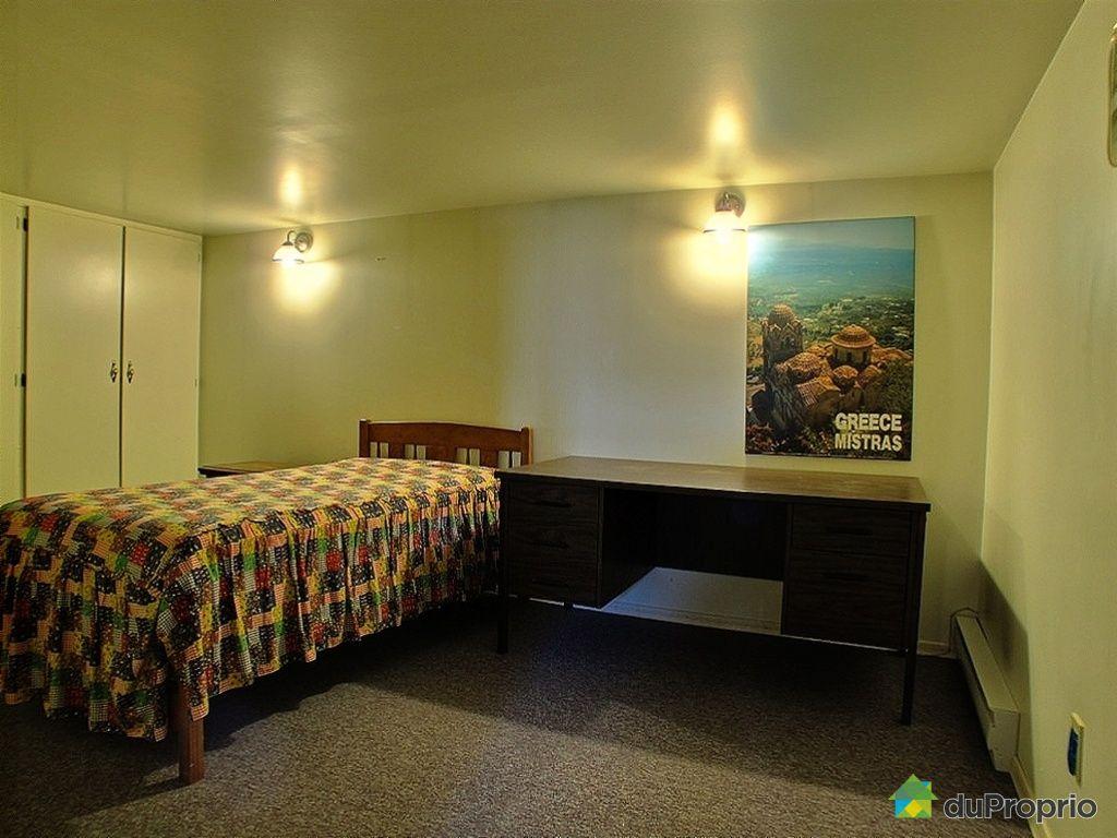 maison vendu chomedey immobilier qu bec duproprio 376961. Black Bedroom Furniture Sets. Home Design Ideas