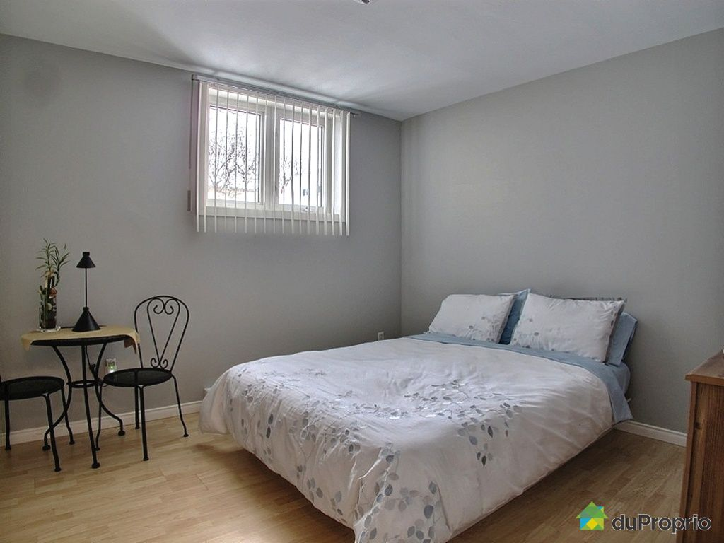 maison vendu jonqui re immobilier qu bec duproprio 384987. Black Bedroom Furniture Sets. Home Design Ideas