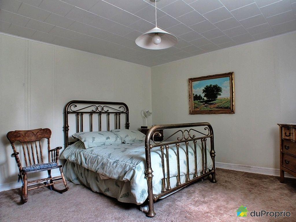 Maison vendre rawdon 3875 rue queen immobilier qu bec for Chambre a quebec