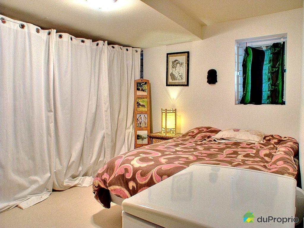 #166C33 Maison Vendu Montréal Immobilier Québec DuProprio 364177 2569 Petite Chambre Sous Sol 1024x768 px @ aertt.com