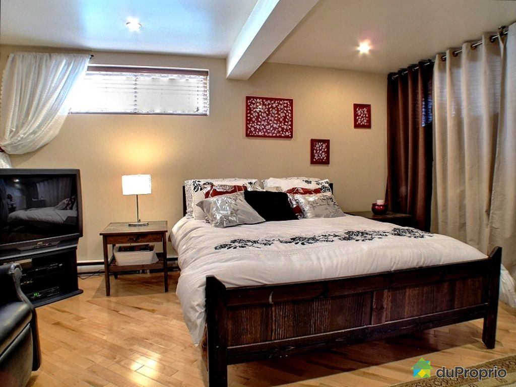 maison vendu ste catherine immobilier qu bec duproprio 301094. Black Bedroom Furniture Sets. Home Design Ideas