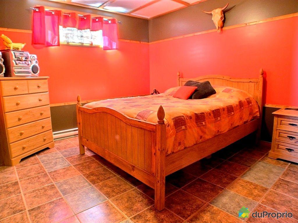 Maison vendre wotton 772 rue charland immobilier for Chambre de commerce du quebec